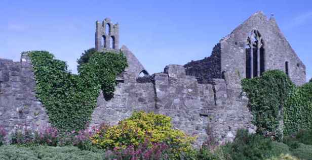 picture of old abbey
