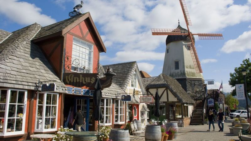 7 Charming Small Towns In California