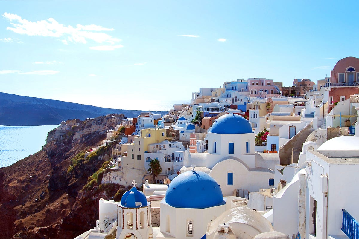 4 Famous Places In Greece You Must Visit