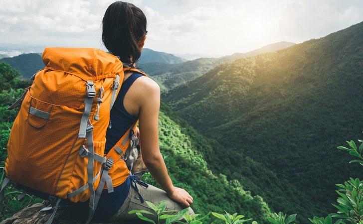 6 Essential Items You Need For Backpacking