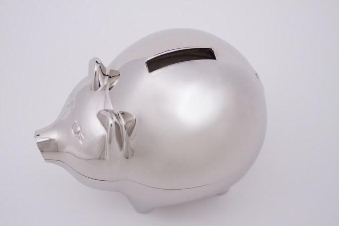 PixaBay https://pixabay.com/en/piggy-bank-save-money-finance-coin-661969/