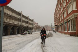 Bikers don´t give up cycling because of a little snow.