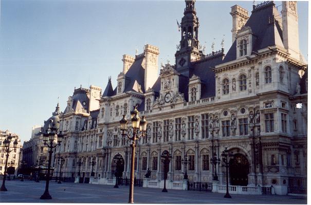 paris-hotel-de-ville-4-50.JPG