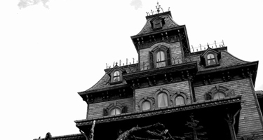 6_signs_haunted_house