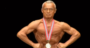 74_year_old_bodybuilder