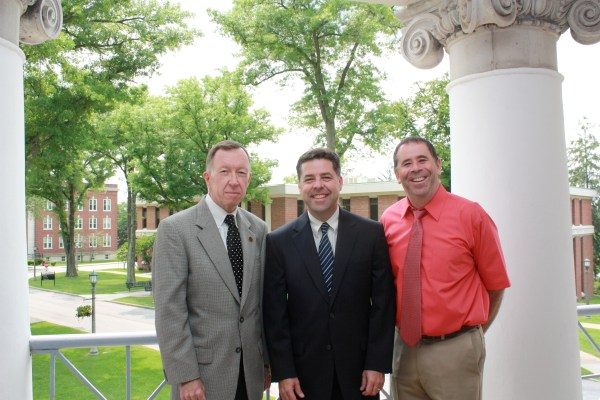 Dr. McCullough spends on-capus time with Dr. Bill Childers and Dr. Robert Kreisberg.