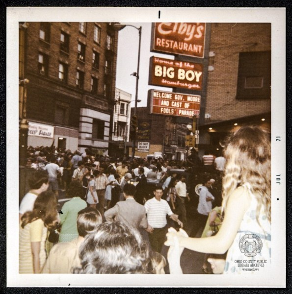 "The corner of 12th and Chapline streets was very crowded the evening when ""Fool's Parade"" premiered in 1971 at the Court Theater."