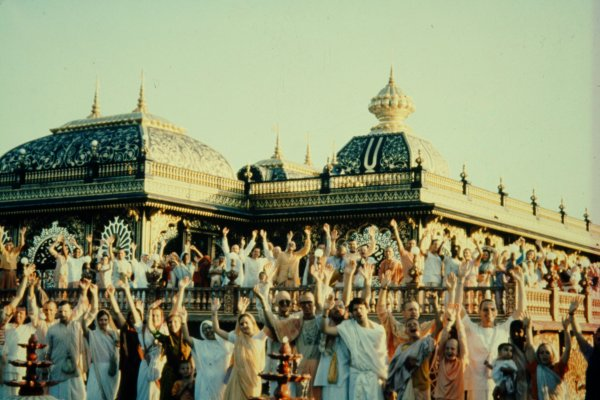 The Palace of Gold at New Vrindabin was opened in 1979 and attracted a plethora of tourists and Krishna devotees.