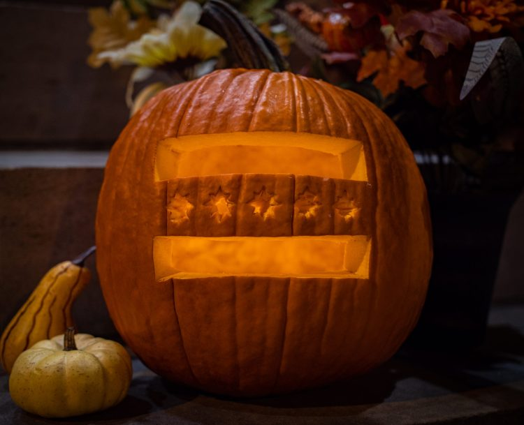 Wheeling Flag Pumpkin
