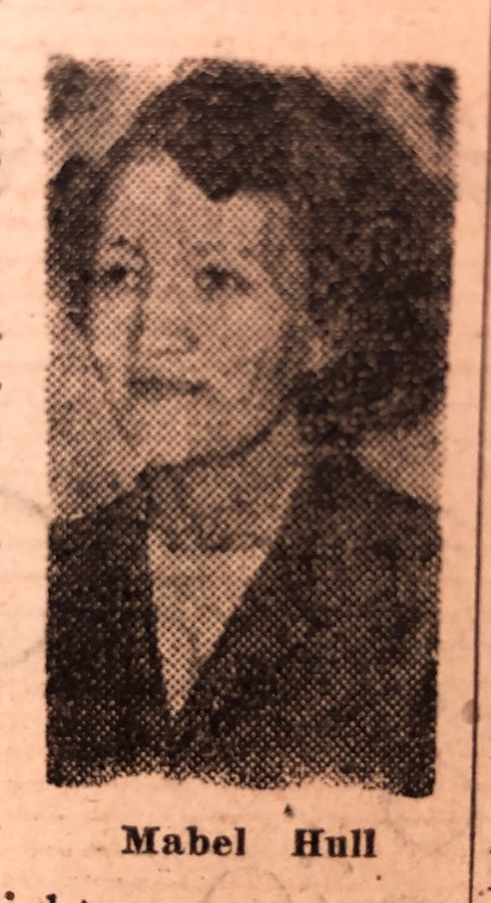 Mabel Hull's profile picture that accompanied her Wheeling News-Register column