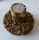 Zelfs met gewone stenen kun je mozaïeken. Deze is gemaakt door Carla