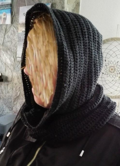 Mooie sjaal muts designed by Marielle