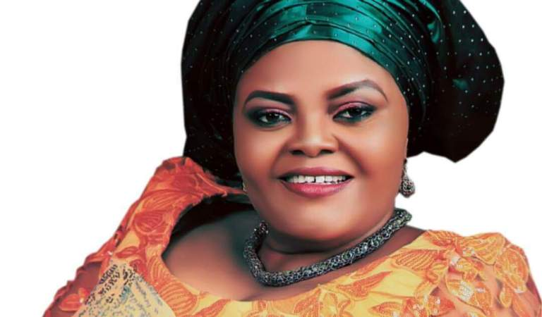 Stella Odey Distributes Agrochemicals, Fertilizers To Farmers In C/River