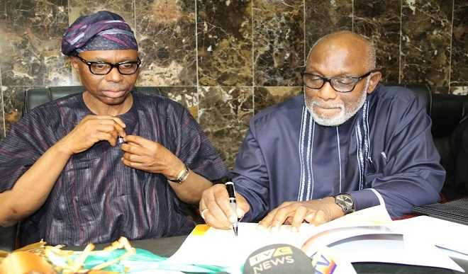 BREAKING!! Akeredolu And Mimiko Fight Dirty Over Ondo Governorship Election