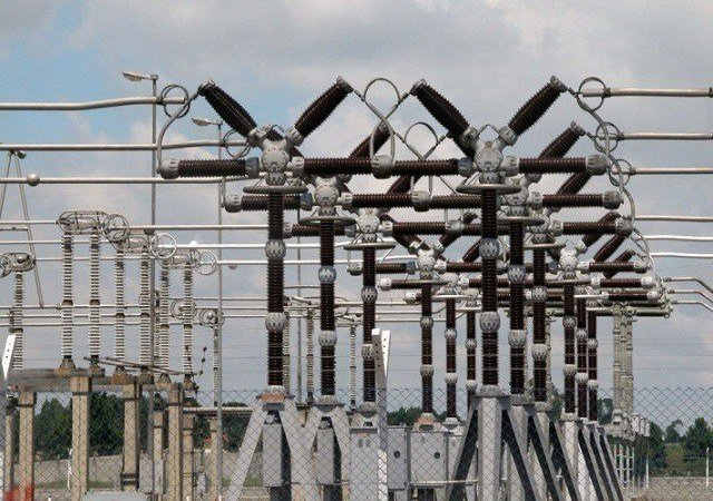 Electricity Tariff:  DISCOs To Refund Overcharged Households — Buhari
