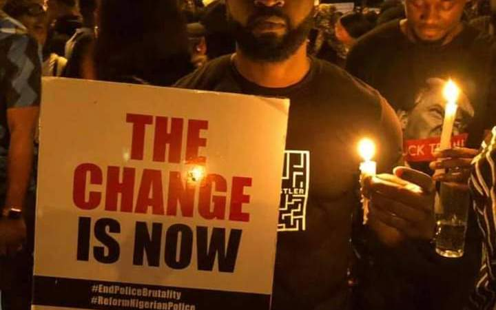 PHOTOS: #EndSARS Protesters Hold Nationwide Candle Light Session In Honour of Those Killed By SARS