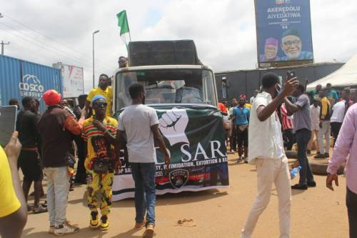 #ENDSARS: Resign Now, Protesting Youths In Ondo Tell Buhari