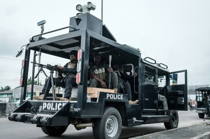 HOT!! Newly-Formed Police, SWAT Storm Enugu Town Hall Meeting, Kill Monarch