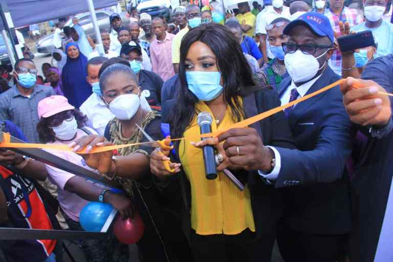 Cross River Battle Against Tuberculosis Goes Digital & Mobile As Governor Ben Ayade Launches Truck Wellness On Wheels