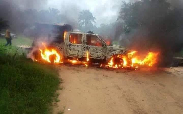 BREAKING!! Unknown Gunmen On Rampage In Akwa Ibom, Kill Policemen, Set Another Police Station on Fire