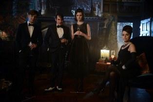 Gotham_S02E15_Mad Grey Dawn_Still (7)