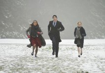 """DC's Legends of Tomorrow -- """"Left Behind"""" -- Image LGN109B_0010b.jpg -- Pictured (L-R): Ciara Renee as Kendra Saunders/Hawkgirl, Brandon Routh as Ray Palmer/Atom and Caity Lotz as Sara Lance/White Canary -- Photo: Diyah Pera/The CW -- © 2016 The CW Network, LLC. All Rights Reserved"""