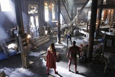 """""""Worlds Finest"""" -- Kara (Melissa Benoist, left) gains a new ally when the lightning-fast superhero The Flash (Grant Gustin, right) suddenly appears from an alternate universe and helps Kara battle Siobhan, aka Silver Banshee, and Livewire (Brit Morgan, center) in exchange for her help in finding a way to return him home, on SUPERGIRL, Monday, March 28 (8:00-9:00 PM, ET/PT) on the CBS Television Network. Photo: Robert Voets/Warner Bros. Entertainment Inc. © 2016 WBEI. All rights reserved."""
