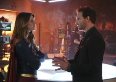 """Better Angels"" -- Supergirl (Melissa Benoist, left) is forced to do battle with an unexpected foe and must risk everything -- including her life -- to prevent Non and Indigo from destroying every person on the planet, on the first season finale of SUPERGIRL, Monday, April 18 (8:00-9:00 PM, ET/PT) on the CBS Television Network. Also pictured: Peter Facinelli (right) Photo: Cliff Lipson/CBS ©2016 CBS Broadcasting, Inc. All Rights Reserved"
