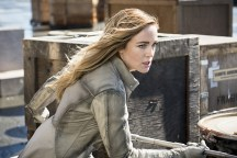 "DC's Legends of Tomorrow --""Legendary""-- Image LGN116b_0209b.jpg Pictured: Caity Lotz as Sara Lance/White Canary -- Photo: Dean Buscher/The CW -- © 2016 The CW Network, LLC. All Rights Reserved."