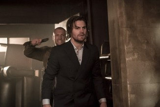 """Arrow -- """"So It Begins"""" -- Image AR506a_0089b.jpg -- Pictured: Stephen Amell as Oliver Queen -- Photo: Katie Yu/The CW -- © 2016 The CW Network, LLC. All Rights Reserved."""