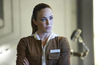 """DC's Legends of Tomorrow --""""Raiders of the Lost Art""""-- LGN209a_0255.jpg -- Pictured: Caity Lotz as Sara Lance/White Canary -- Photo: Bettina Strauss/The CW -- © 2017 The CW Network, LLC. All Rights Reserved"""