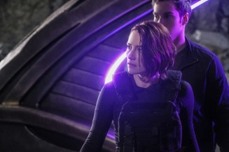 """Supergirl -- """"Supergirl Lives"""" -- Image SPG209a_0353.jpg -- Pictured (L-R): Chyler Leigh as Alex Danvers and Chris Wood as Mike/Mon-El -- Photo: Robert Falconer/The CW -- © 2017 The CW Network, LLC. All Rights Reserved"""