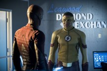 """The Flash -- """"Borrowing Problems from the Future"""" -- Image FLA310a_0038b.jpg -- Pictured (L-R): Grant Gustin as The Flash and Keiynan Lonsdale as Kid Flash -- Photo: Katie Yu/The CW -- © 2016 The CW Network, LLC. All rights reserved."""