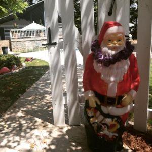 Santa wearing lei