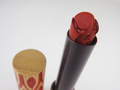Crimson redG Pure Crimson Velvets: Pure Red: Stila Liquid Lipstick in Beso, tarte Glamazon Lipstick in Wild   review, photos & swatches