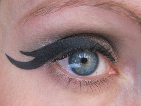 EyeRock6 Eye Rock Instant Eyeliner Tapes   Review