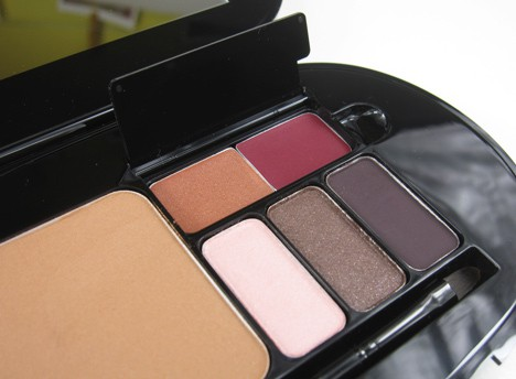 MACGlamour5 MAC Fabulousness: All For Glamour Face Kit in Gorgeous Bronze    review, photos, swatches & looks