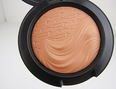 MAC extra dimension blazing haute
