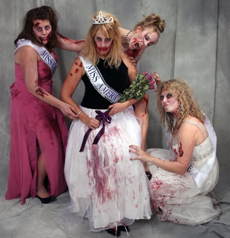 Zombie-Miss-America-Pageant-Halloween-Costume