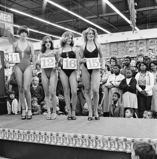 Vintage beauty contest: Semi-final of the Miss Lovely Legs Competition. 1979-1980