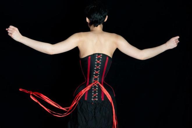 """Michele Kobke's 16"""" tiny waist"""