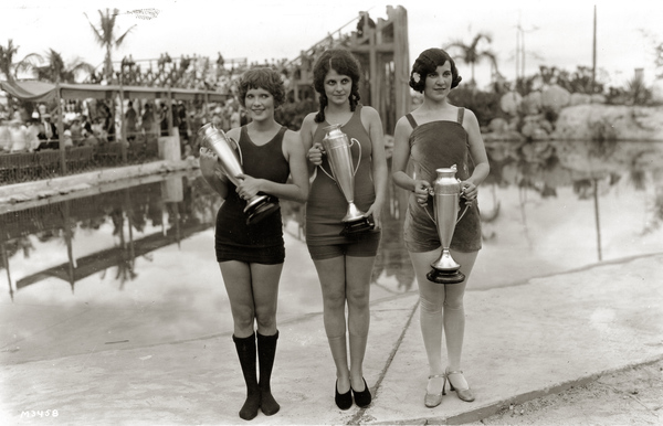 3 vintage beauty queens from the 1920s