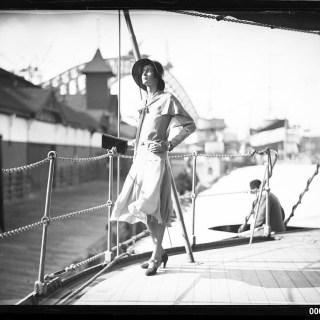 An elegant 1930s sailor suit