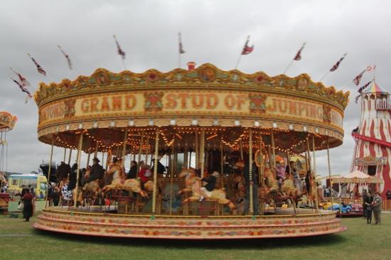 Vintage_merry_go_round.JPG
