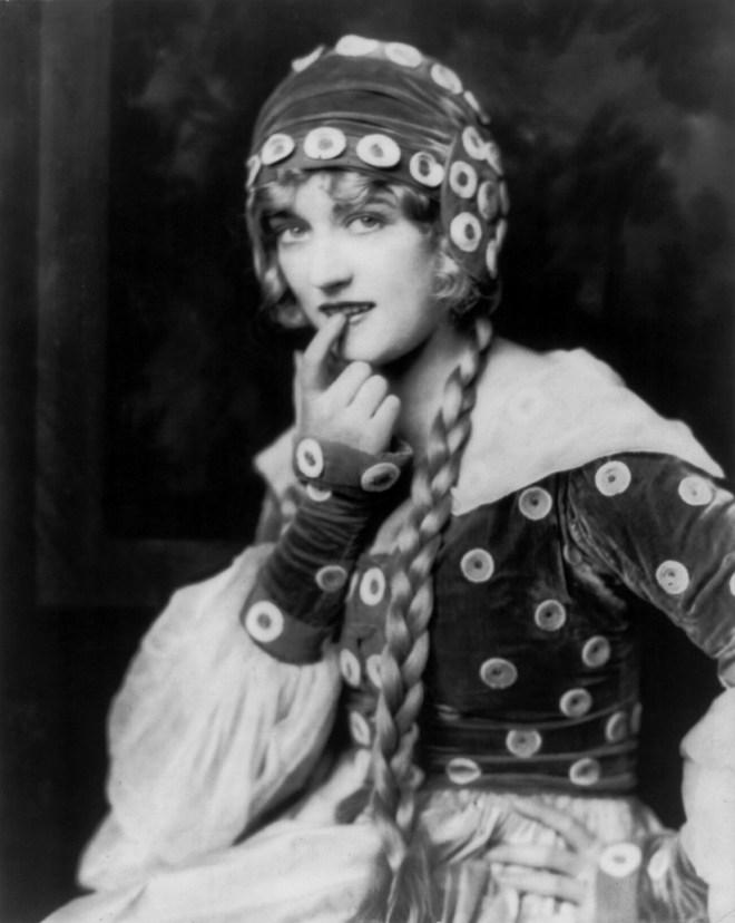 Marion Davies, Ziegfeld girl,
