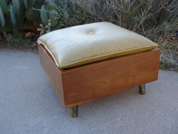 Vintage Mid Century Mod Footstool Ottoman Hassock