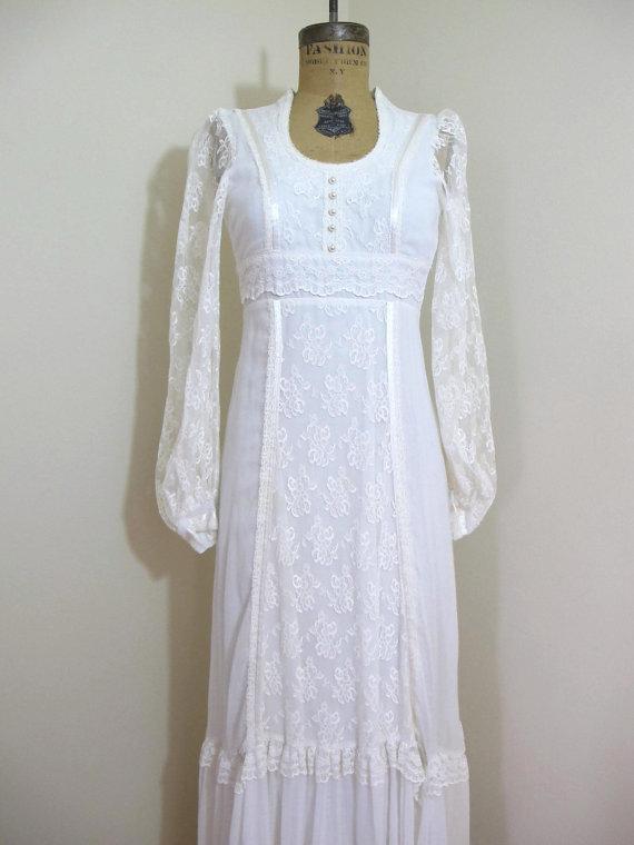 Vintage 1970s wedding dress