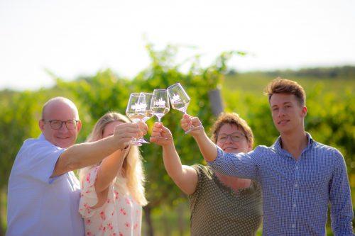 Gruppenfoto-Weingläser