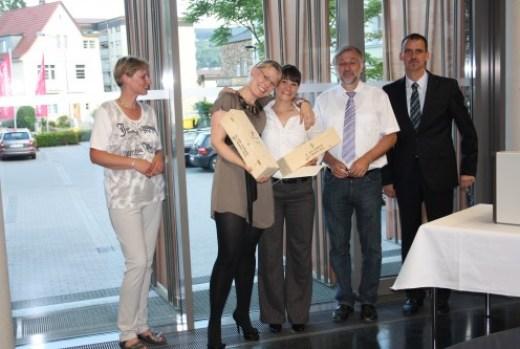 Commis Sommeliers 2011 Prüfungsbeste - Martina Meindl - Stefanie Pohlmann - Stefanie Fuchs - Prof Dr Otmar Loehnertz - Alexander Kohnen