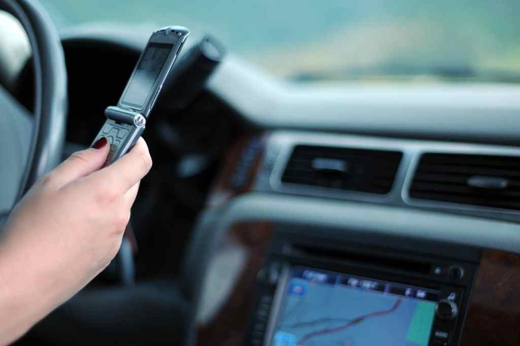texting and driving car accident lawyer Atlanta